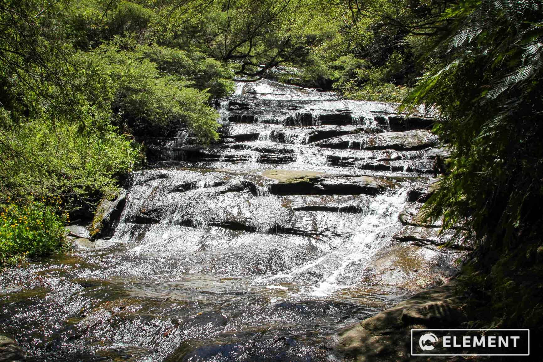 blue-mountains-creek-waterfall