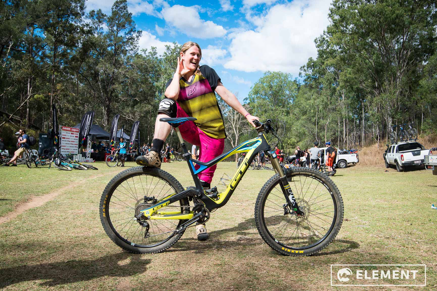 sarsha huntington enduro