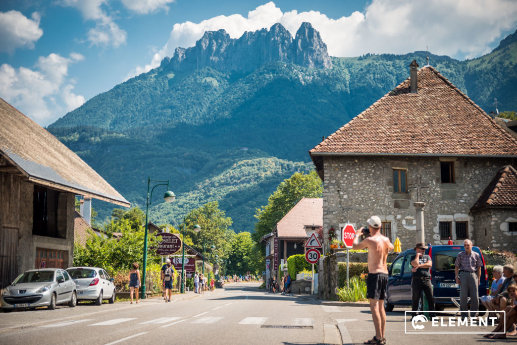Villages of Duingt readied themselves for the Tour de France to pass through.